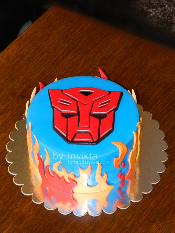 Remarkable Transformers Birthday Cake Cakecentral Com Personalised Birthday Cards Paralily Jamesorg