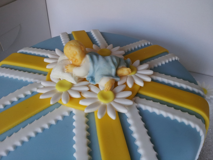 Sleeping Baby Cake Topper on Cake Central