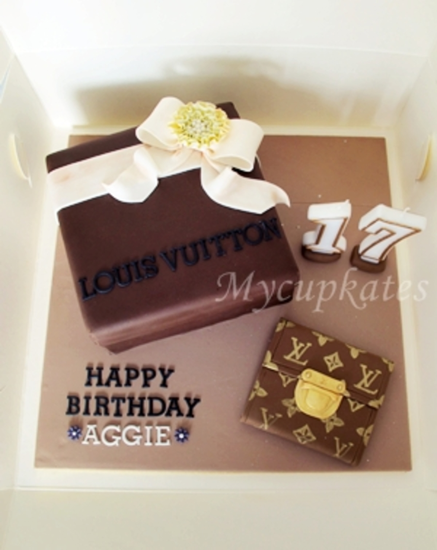 Lv Box Cake With Wallet Cakecentral Com
