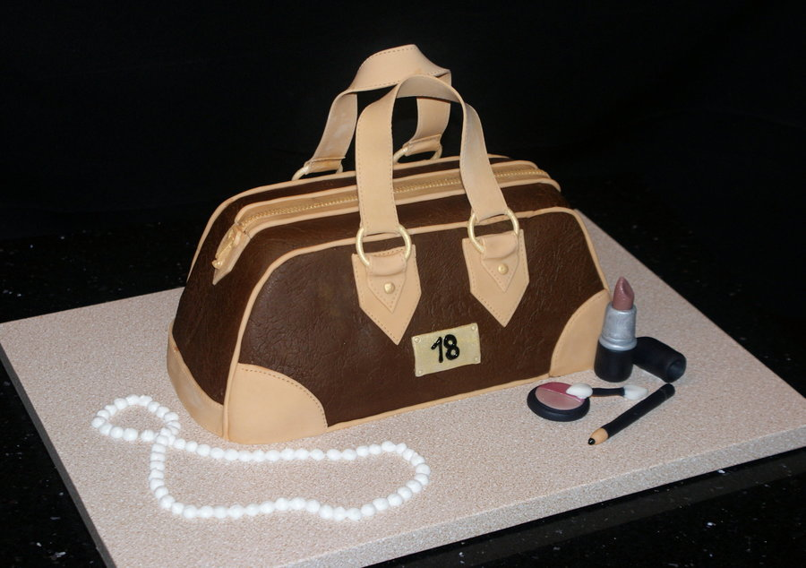 My First Purse Cake on Cake Central