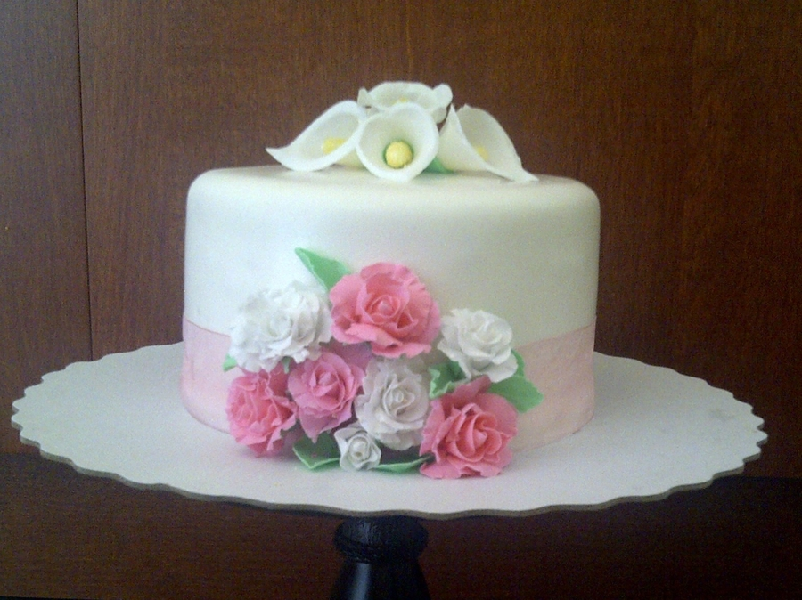 Simple Flowers on Cake Central