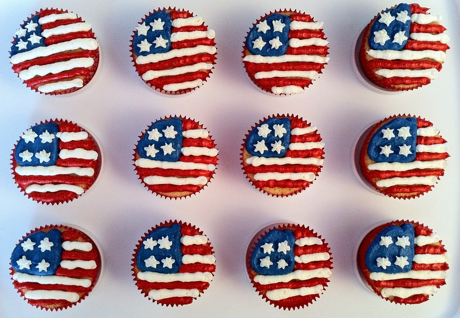 American Flag Cupcakes  on Cake Central