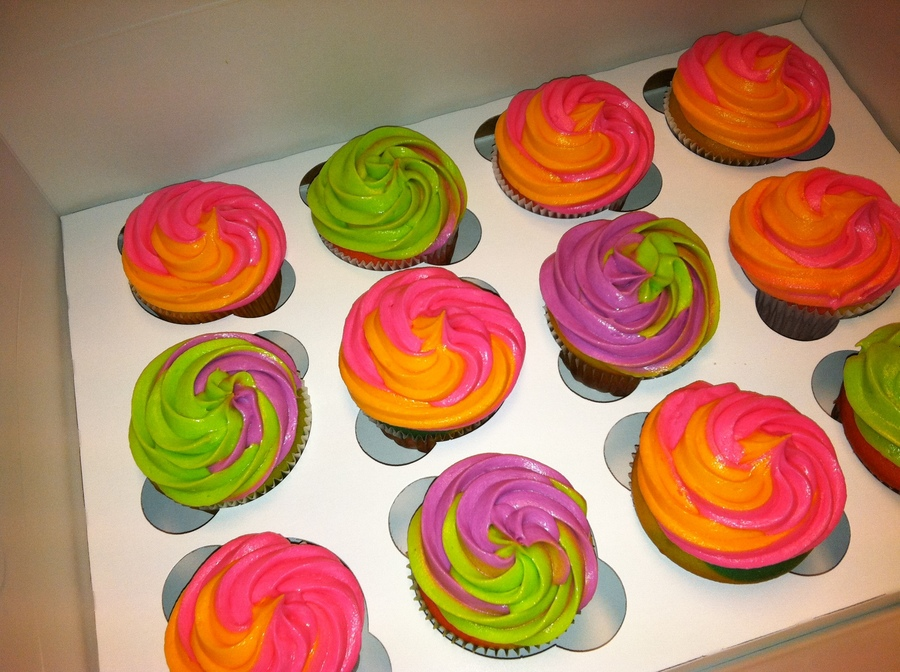 Fun Groovy Cupcakes on Cake Central