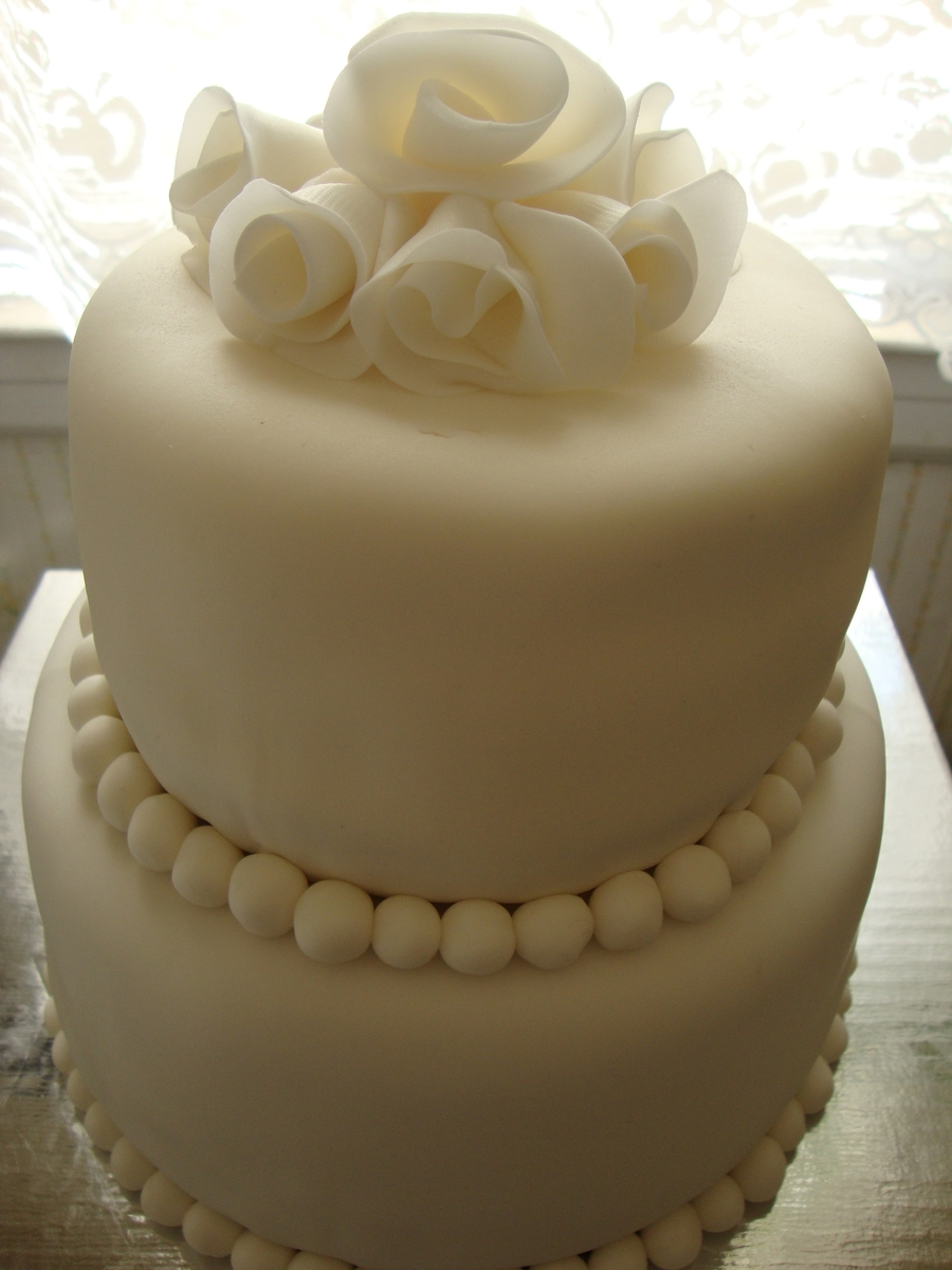 Simple And White on Cake Central