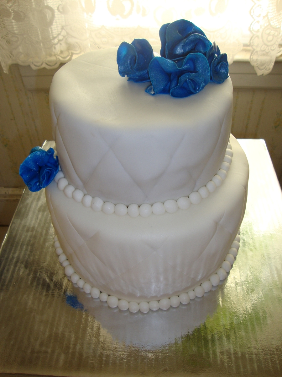 Blue Sapphire Cake on Cake Central