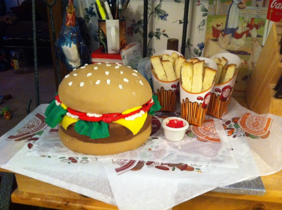 Pleasing A Burger Cake For The Burger King Cakecentral Com Funny Birthday Cards Online Inifofree Goldxyz