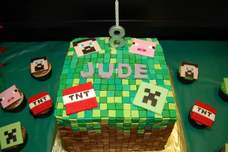 how to make a minecraft birthday cake