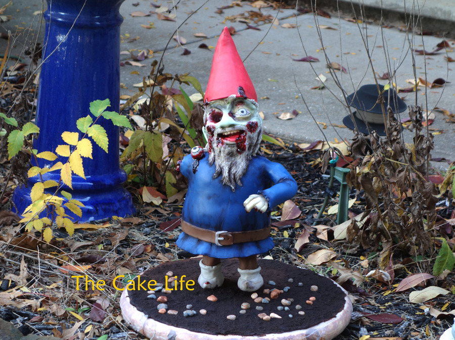 Zombie Gnome Cake on Cake Central