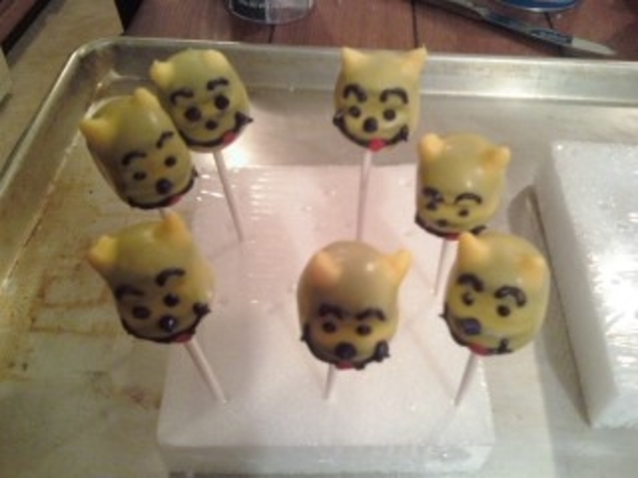 Winnie The Pooh Cake Pops on Cake Central