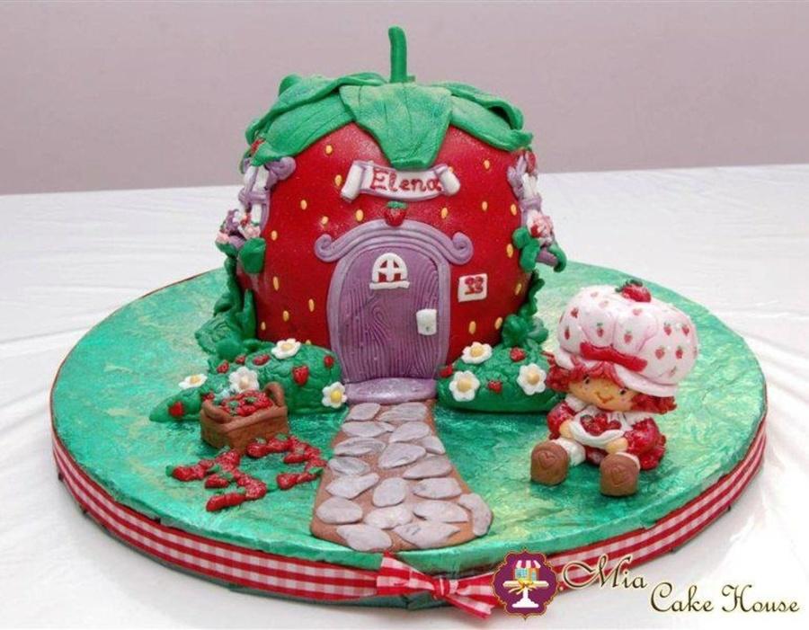 Strawberry Shortcake Doll Cake Topper