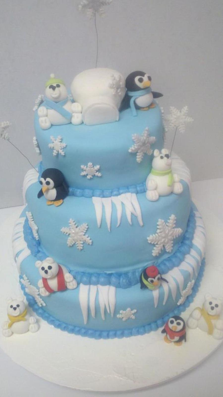 Polar Bears And Penguins  on Cake Central