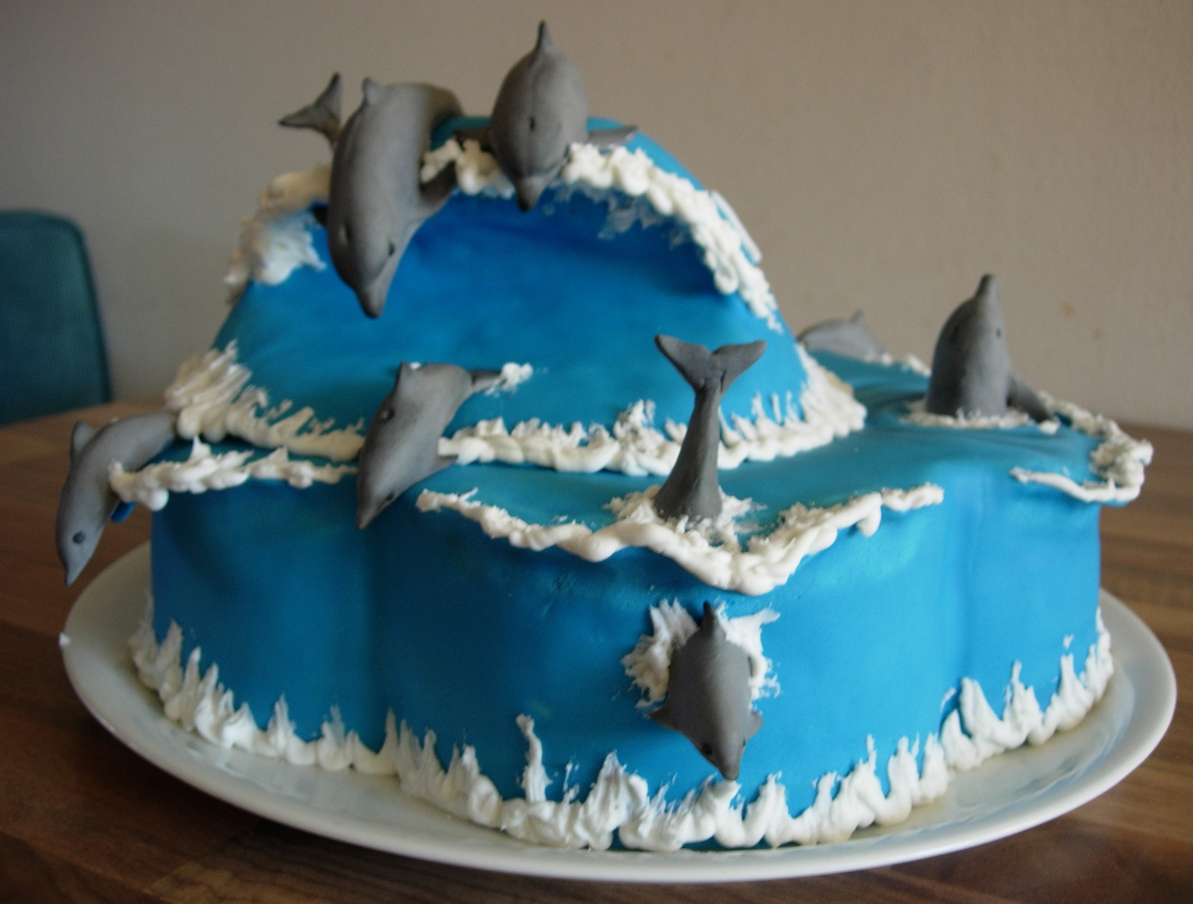 Dolphin Birthday Cake For Our 8 Year Old Daughter ...