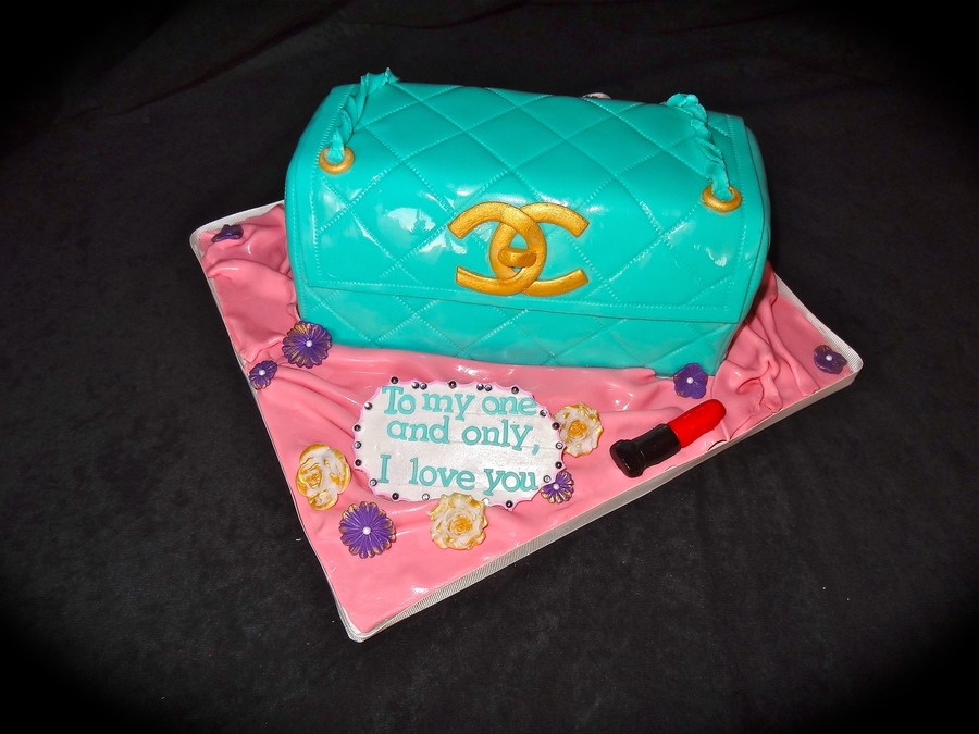 Chanel Purse on Cake Central