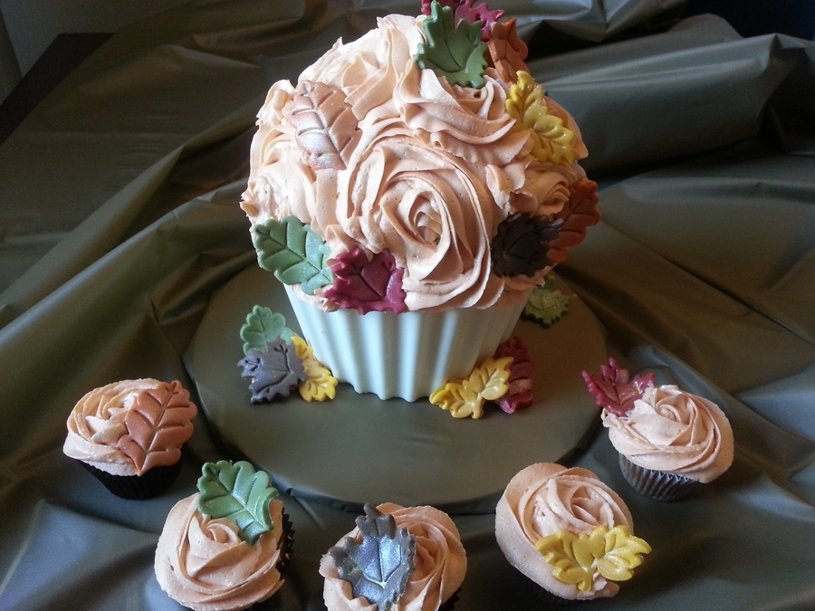 Fall Giant Cupcake on Cake Central