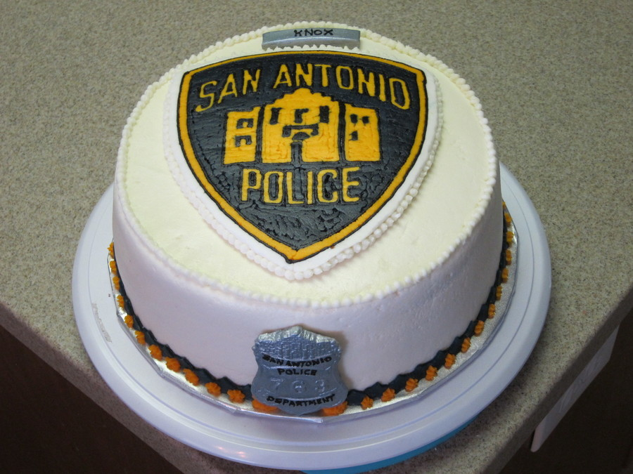 Police Officer Birthday Cake - CakeCentral.com
