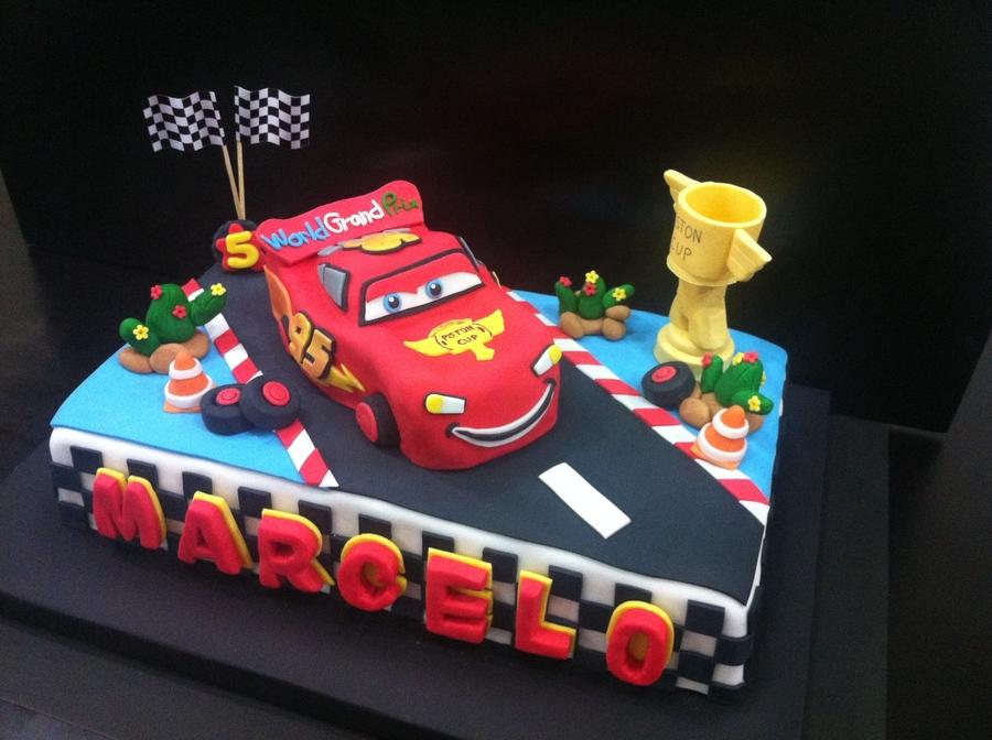 Mcqueen Cake Decorations : Mcqueen Cake - CakeCentral.com