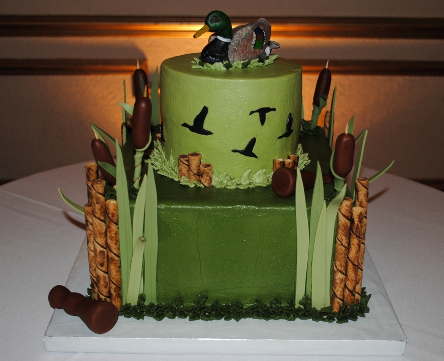 Duck Hunting Grooms Cake - CakeCentral.com