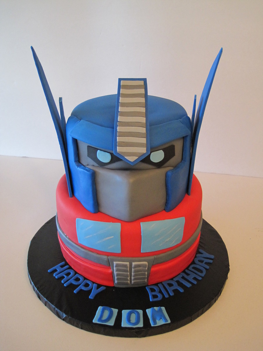 Amazing Transformer Birthday Cake Cakecentral Com Personalised Birthday Cards Paralily Jamesorg