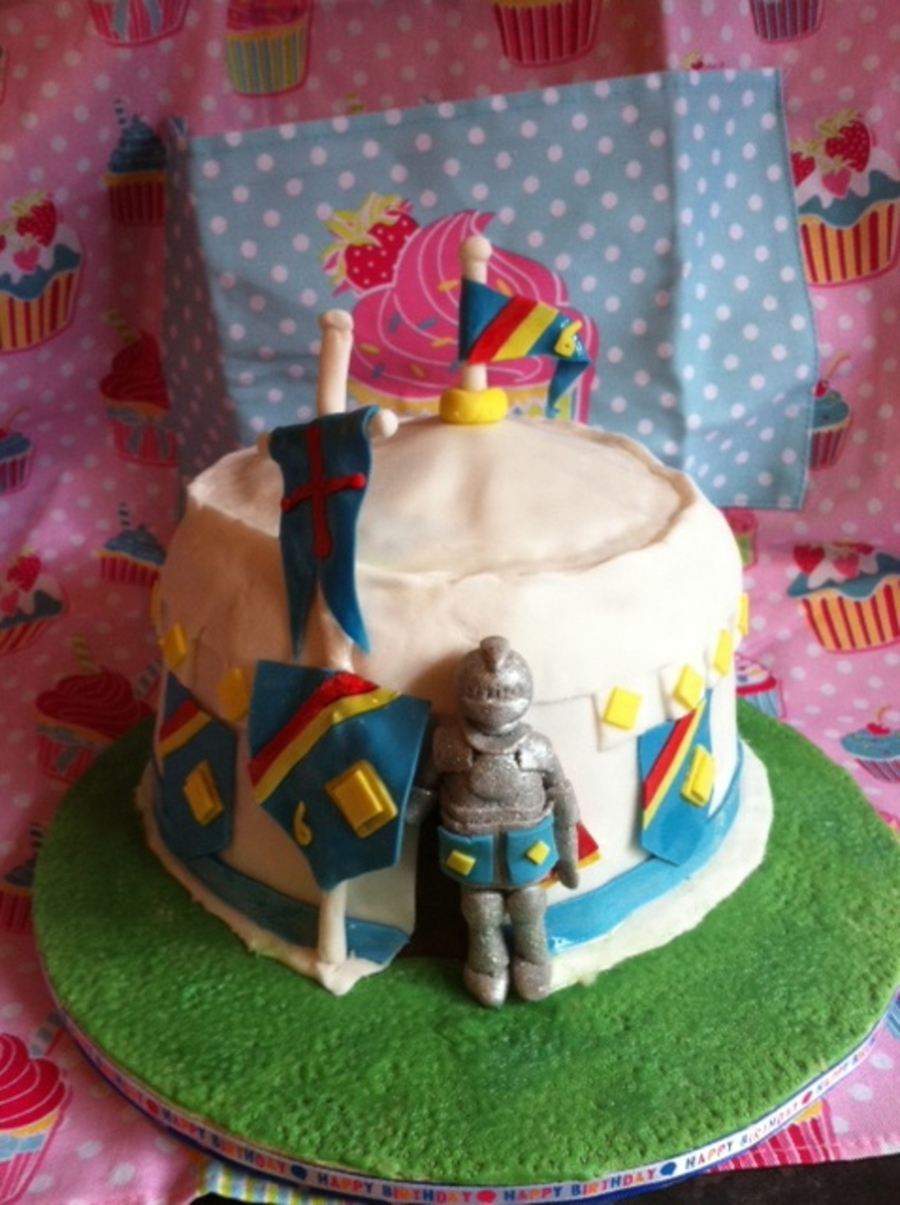 & Knight Jousting Tent Cake - CakeCentral.com
