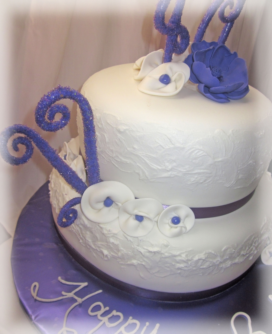 40th Purple White Birthday Cake Cakecentral Com
