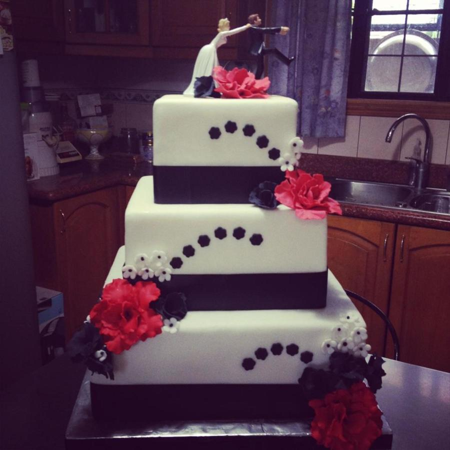 Red Black White Weddingjpeg on Cake Central
