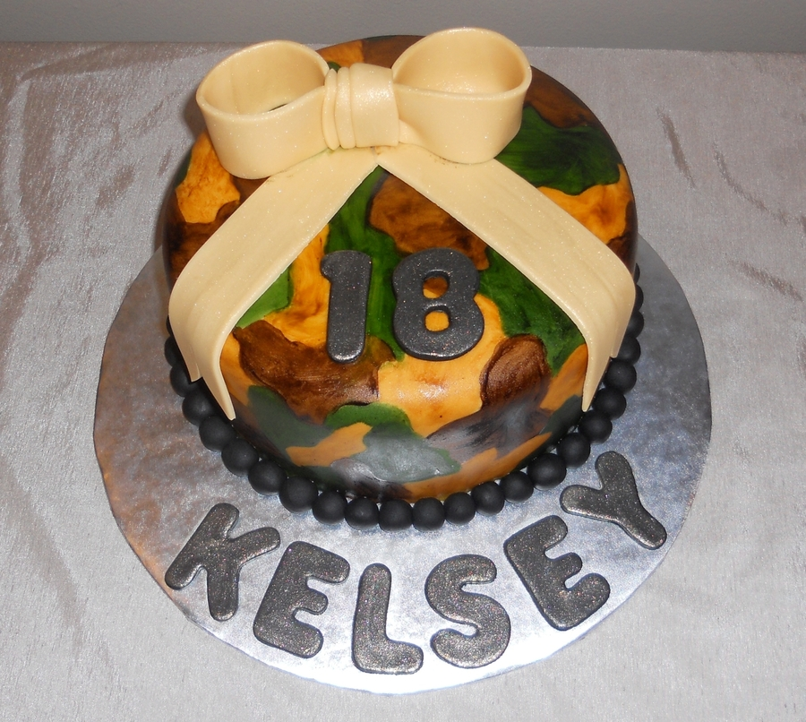 Camouflage For Kelsey on Cake Central