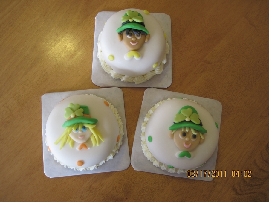 Little Leprechauns on Cake Central