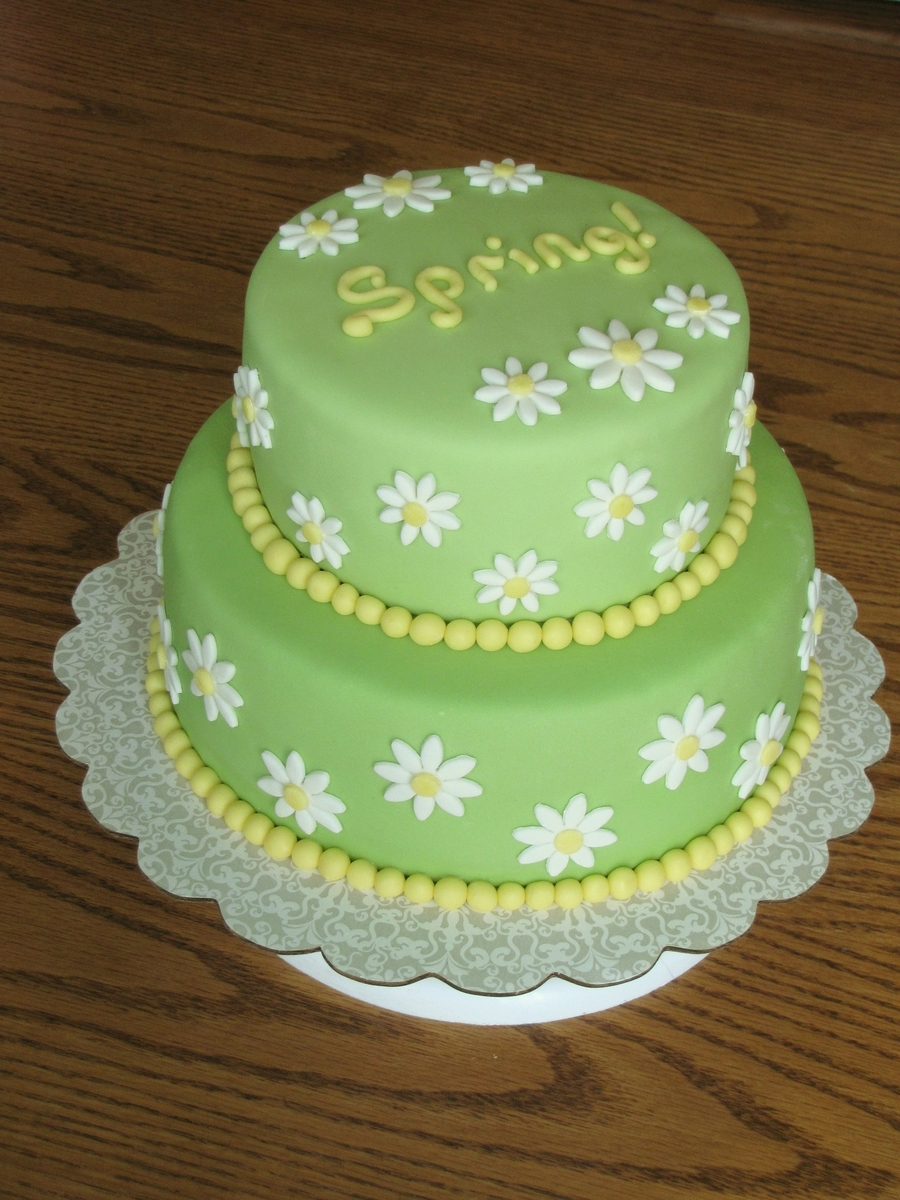 wedding cakes with daisy decorations cake cakecentral 26016