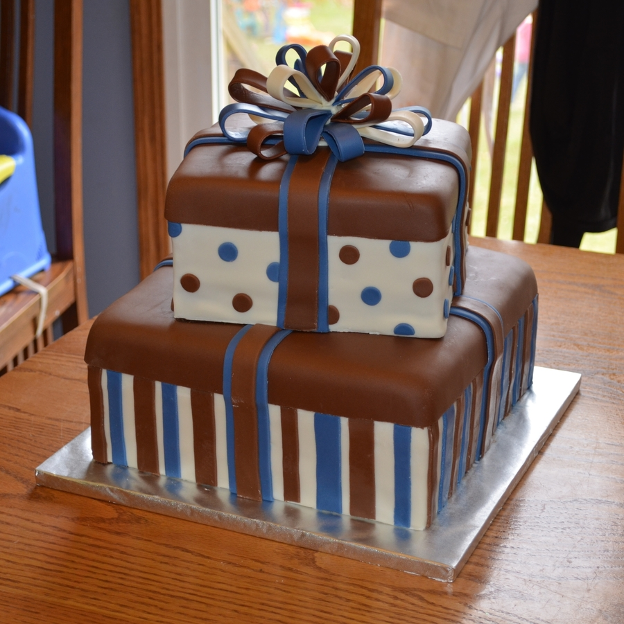 Gift Box Cake Decoration : Blue And Brown Gift Box Cake - CakeCentral.com