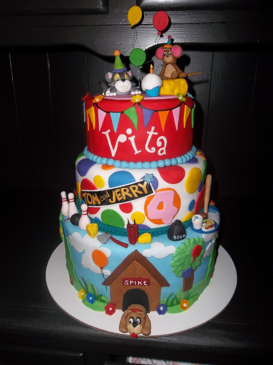 Vitas Tom And Jerry Cake CakeCentralcom