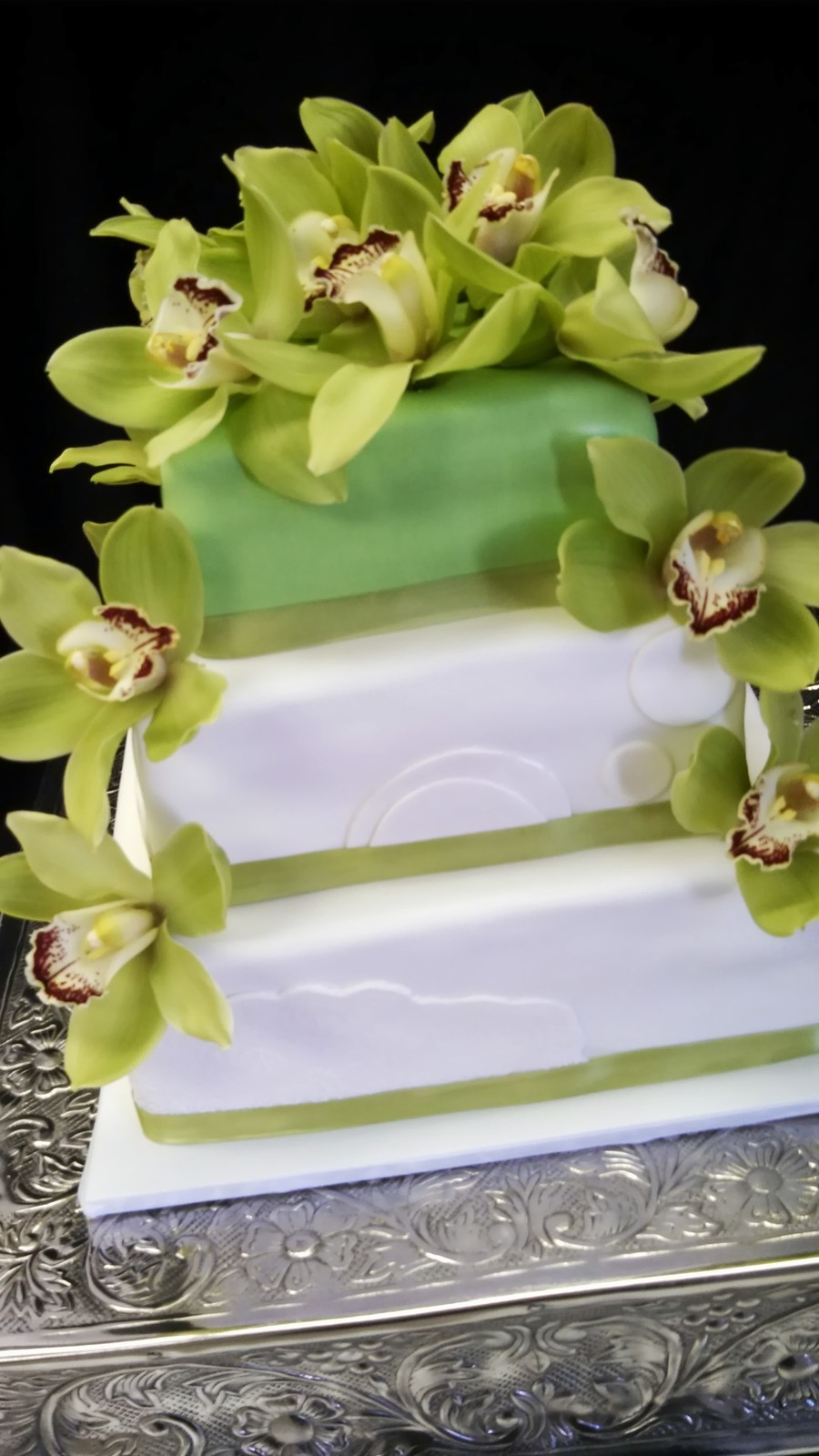 Green Orchids on Cake Central