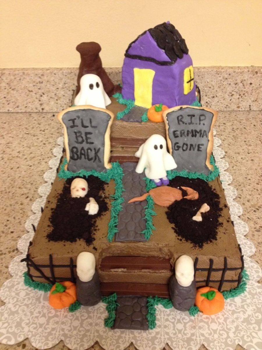 Haunted Graveyard on Cake Central