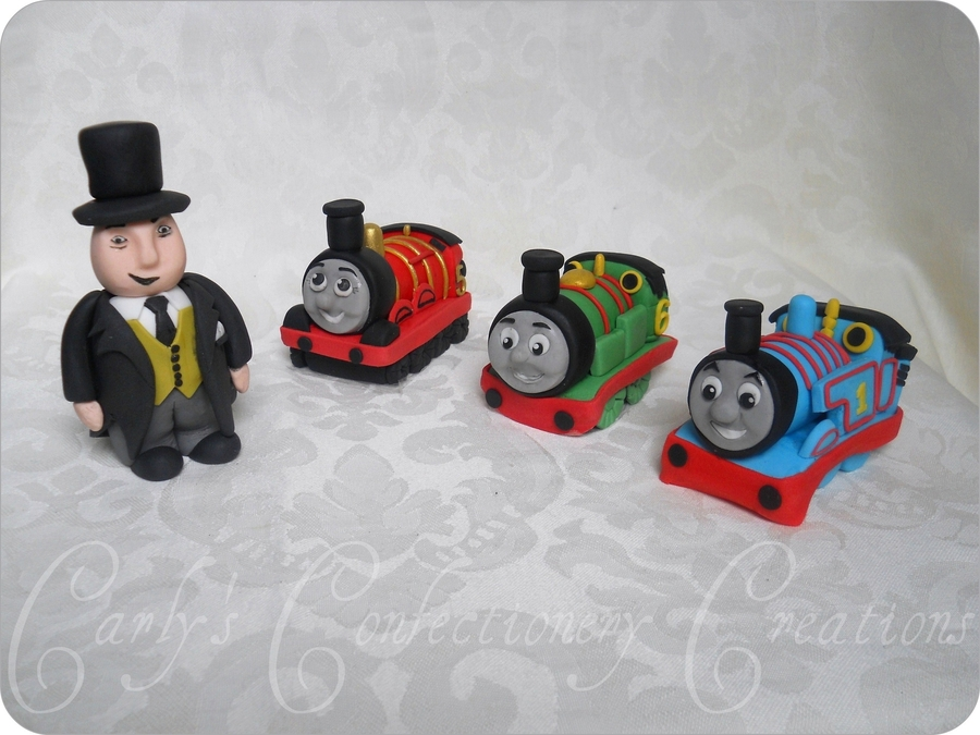 Edible Handcrafted Thomas The Tank Engine Cake Topper ...