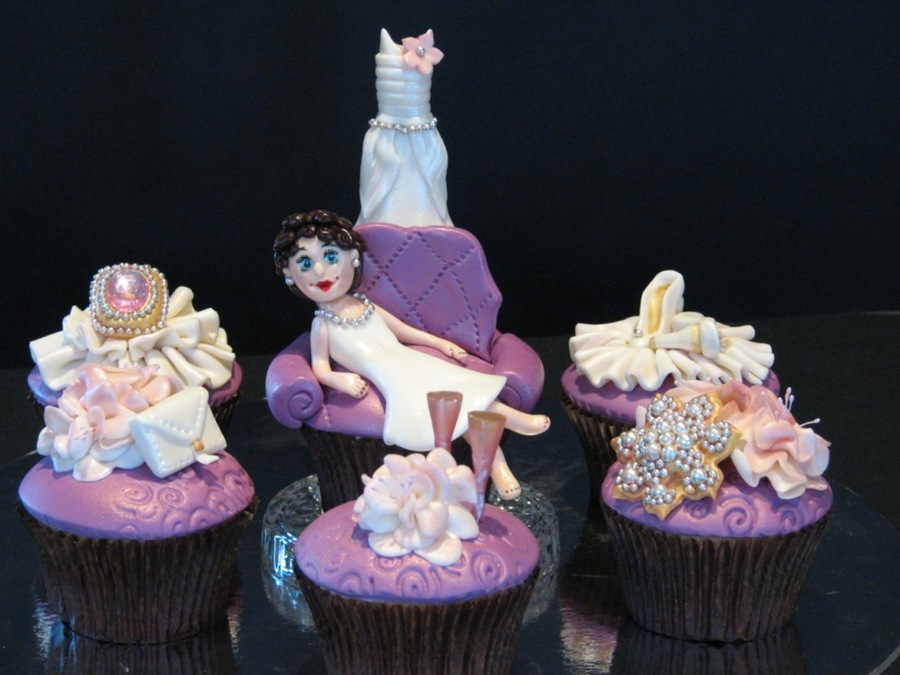 Glam Cupcakes For Bachelorette Party  on Cake Central