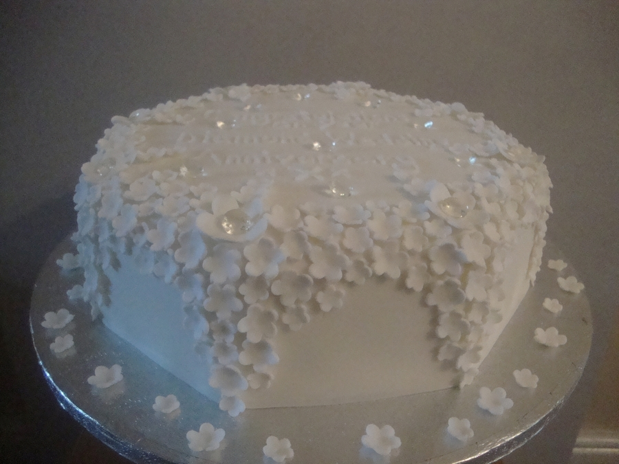 Diamond Wedding Anniversary Cake Designs