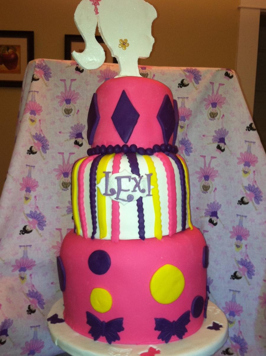 Girl Birthday Cake CakeCentralcom