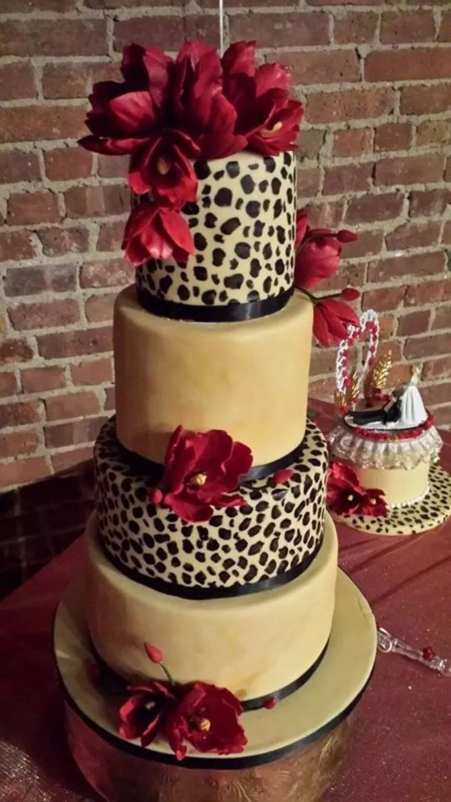leopard wedding cake cakecentralcom
