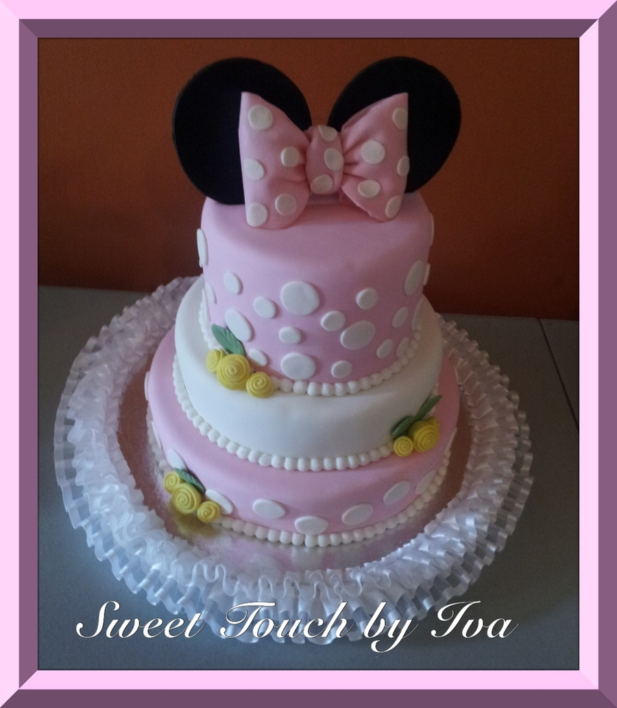 Baby Minnie Mouse on Cake Central