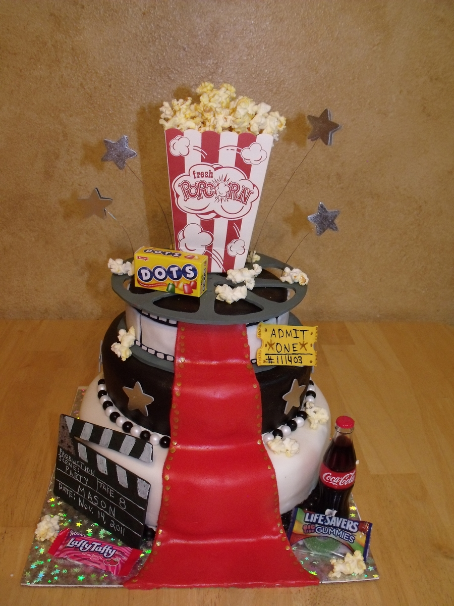 "Movie Theme ""at The Movies"" on Cake Central"
