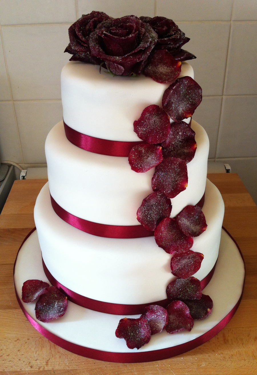 wedding cake with rose petals crystallised petal wedding cake cakecentral 26958
