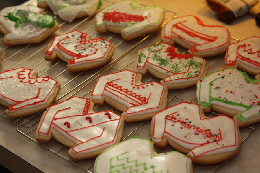 Ugly Christmas Sweater Sugar Cookies Cakecentral Com