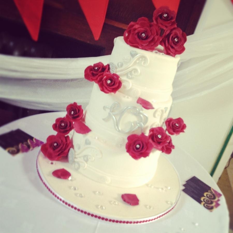 Red Rose Wedding Cake Cakecentral Com