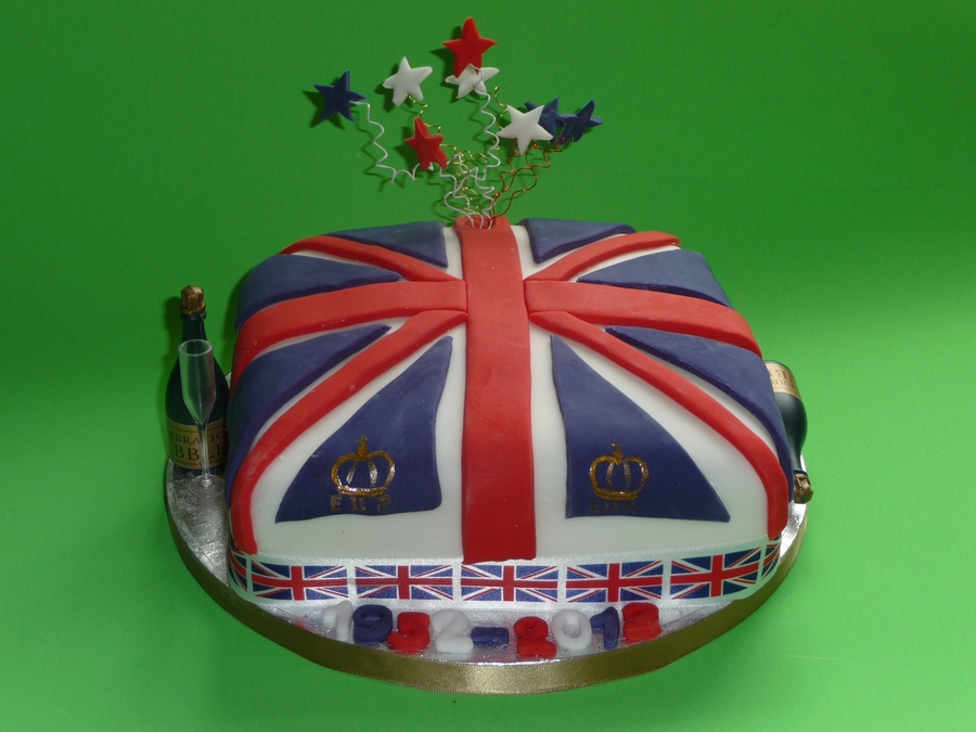 Queens Jubilee Cake on Cake Central