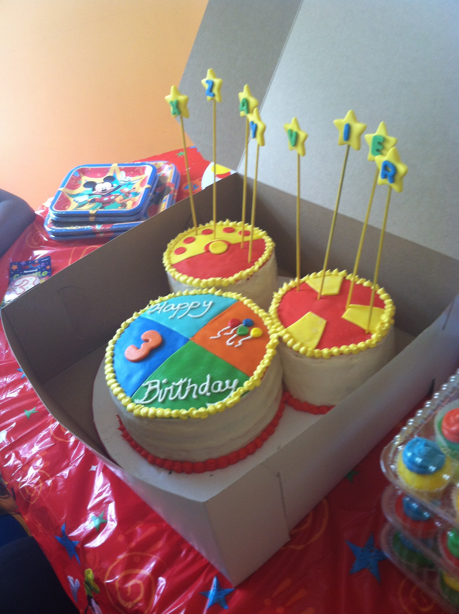 Mickey Mouse Clubhouse Cake And Cupcakes