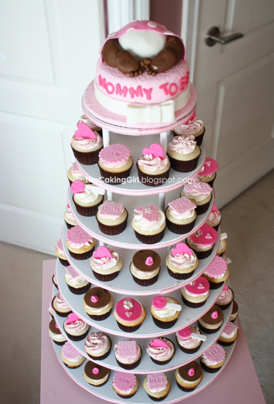 Baby shower for girl cupcake tower for Cupcake recipes for baby shower girl
