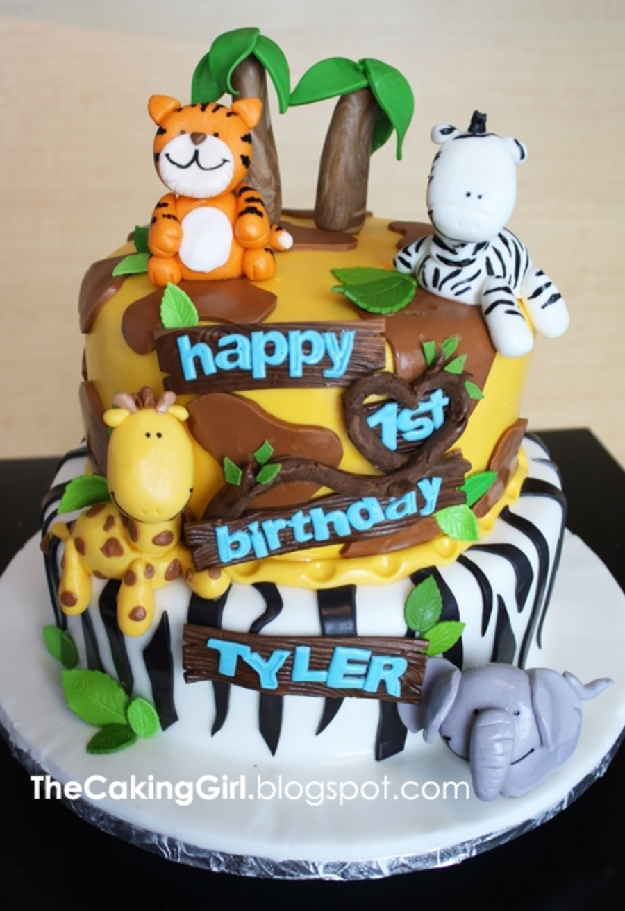 Jungle Themed Birthday Cake For Kids Cakecentral Com