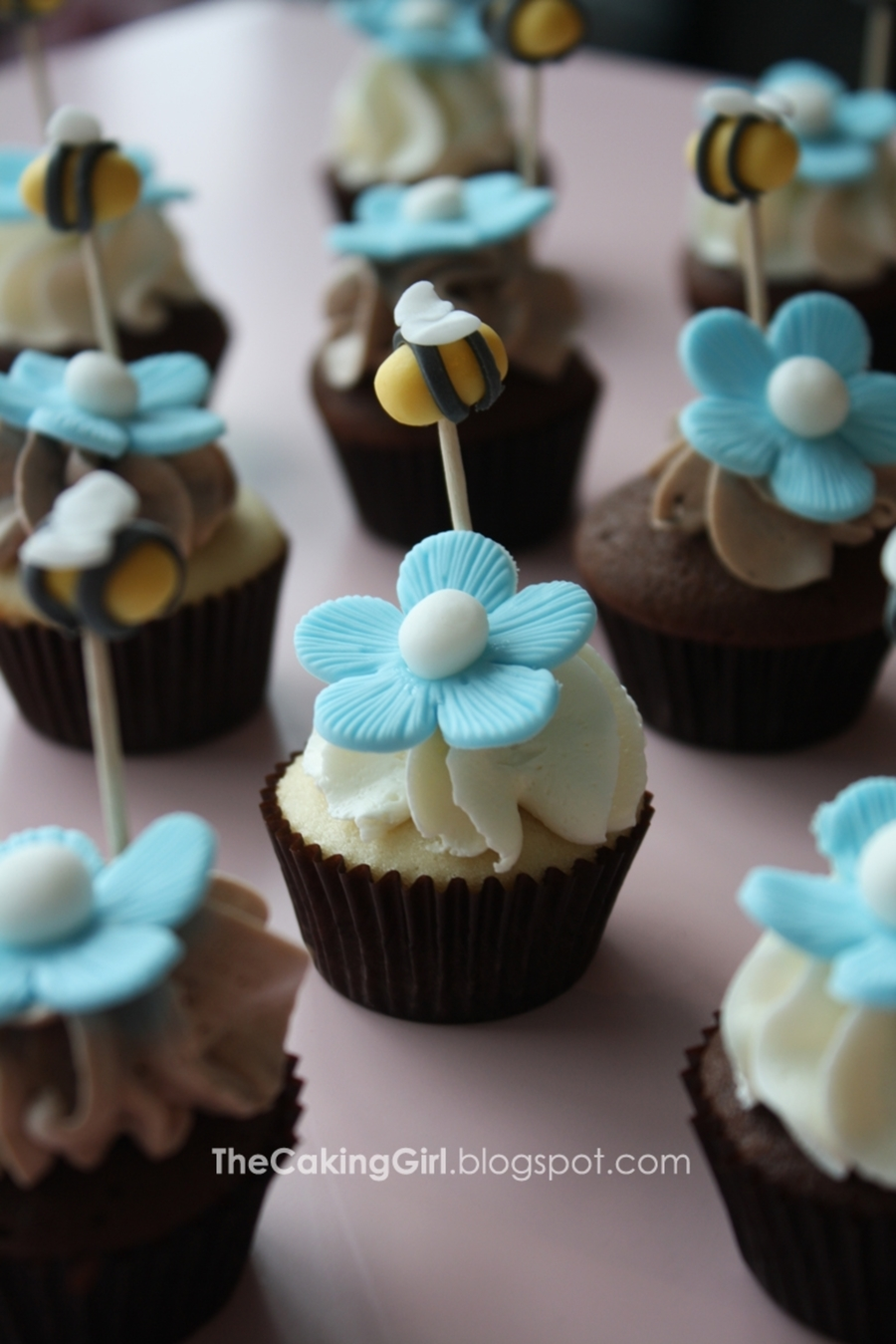 bumble bee themed baby shower cupcakes for boy