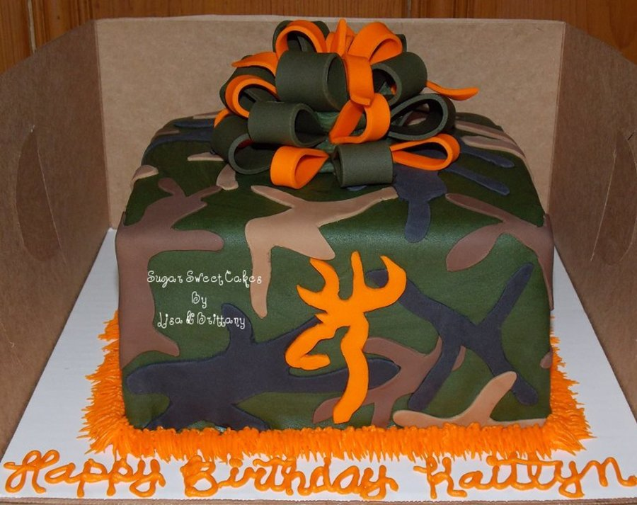 Camo, Bow, & Browning Deer Head on Cake Central
