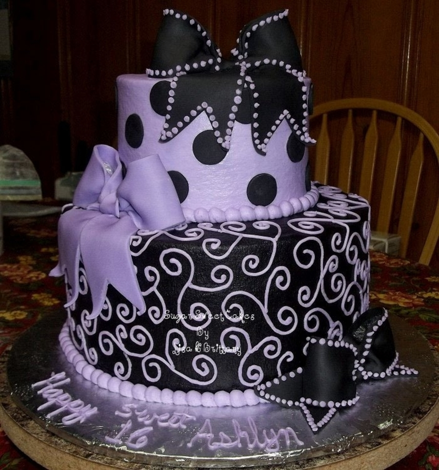 Sweet 16 ~ Bows, Dots, & Scrolls on Cake Central