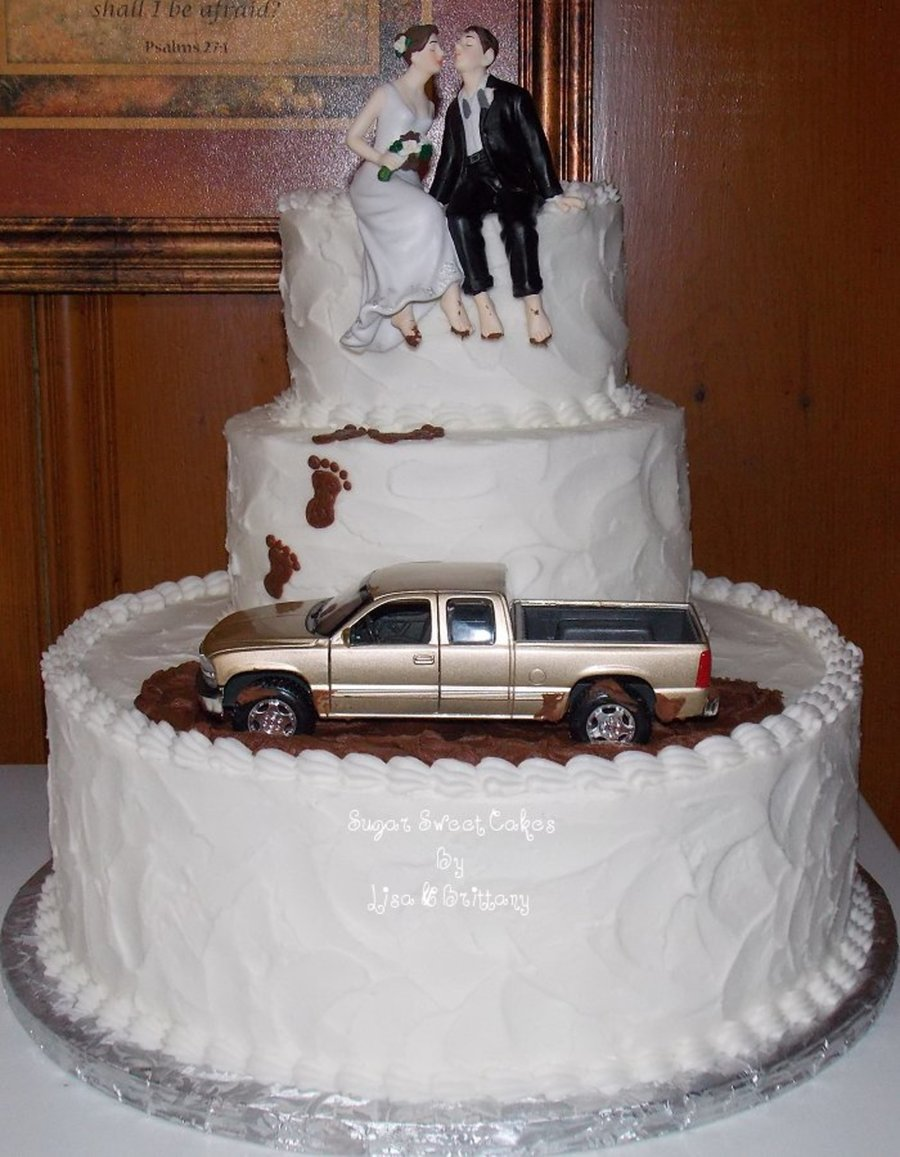 mud riding wedding cake. Black Bedroom Furniture Sets. Home Design Ideas